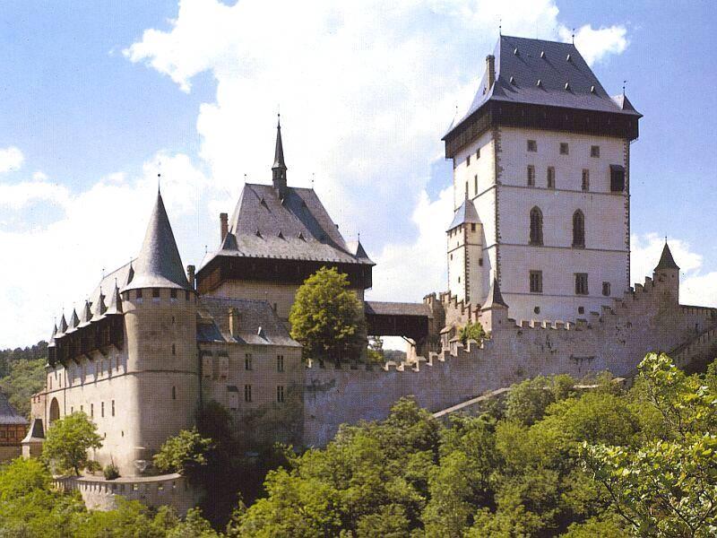 Karlstejn-Praga